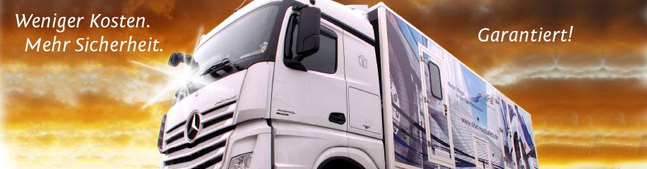 mobiler Fahrsimulator auf einem Lastkraftwagen